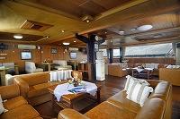 SSF7 lounge